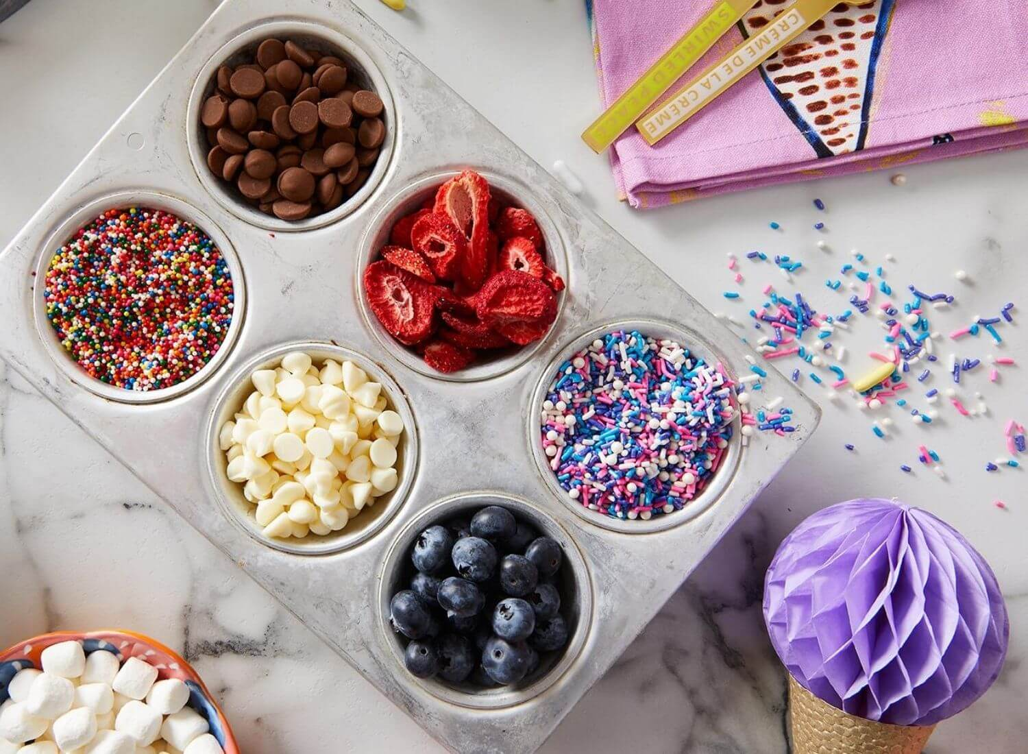 12 Ideal Toppings for Ice cream You Should Try