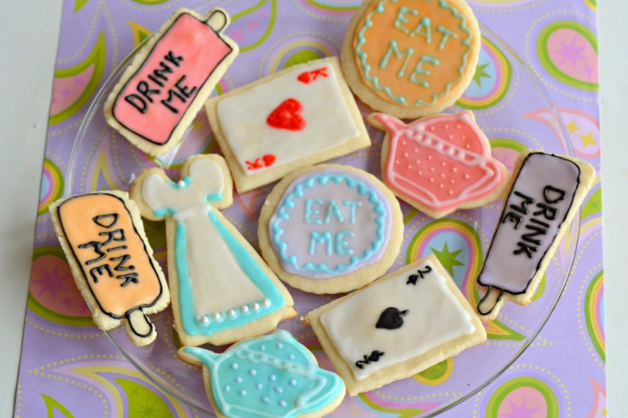 """The Eat Me Cookies From """"Alice In The Wonderland"""""""